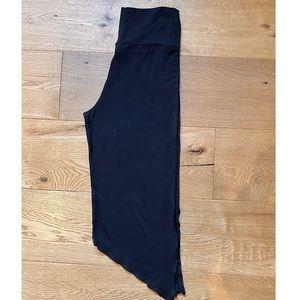 NWT - Capri Yoga Pants